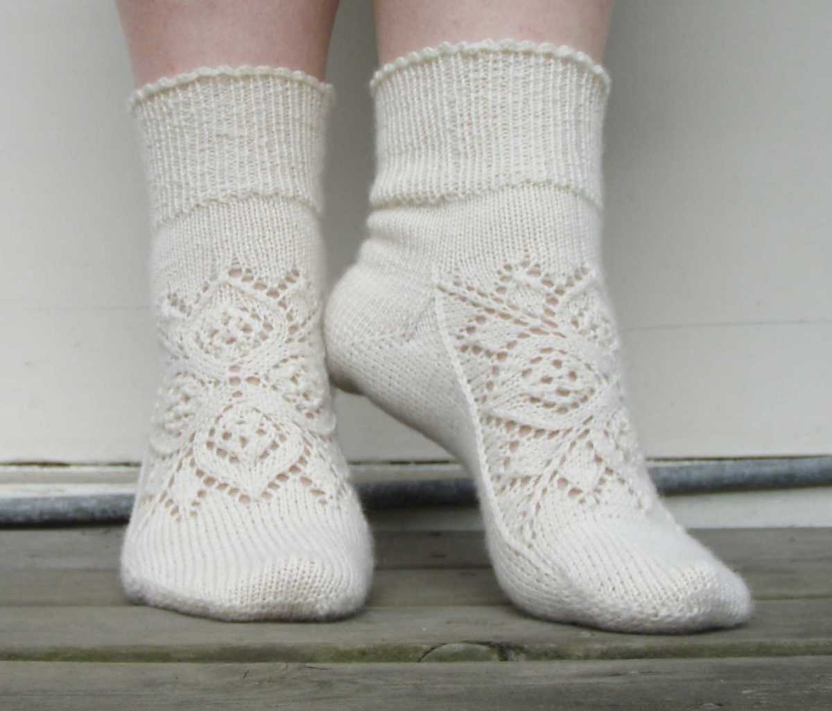 Схема вязания ажурные носки спицами
