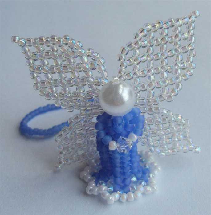 плести бисером ангелочка