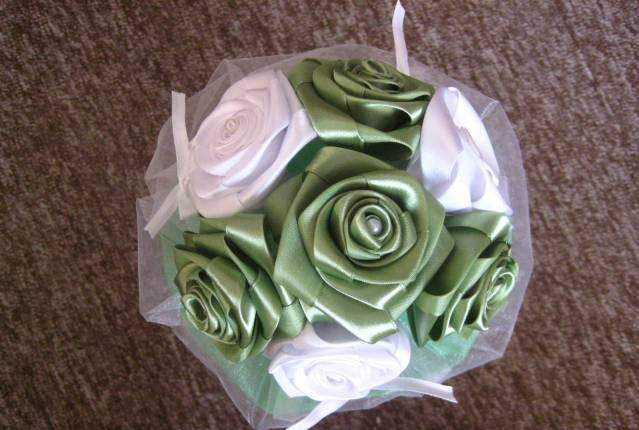 Картинки: Свадебный букет из атласных лент своими руками. (Картинки) в Ульяновске