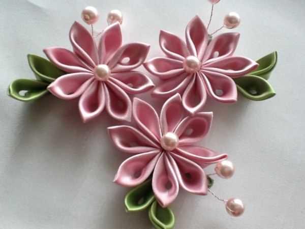 Цветы из ленты 1 см своими руками