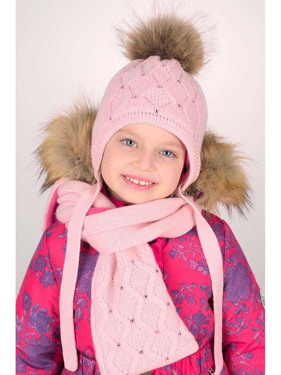 Шапка для девочки спицами : схемы и описание. Модные вязаные детские