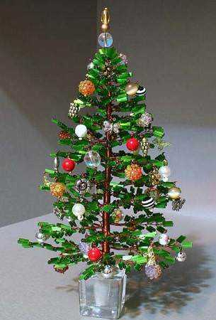 Новогодняя елка из бисера мастер класс видео