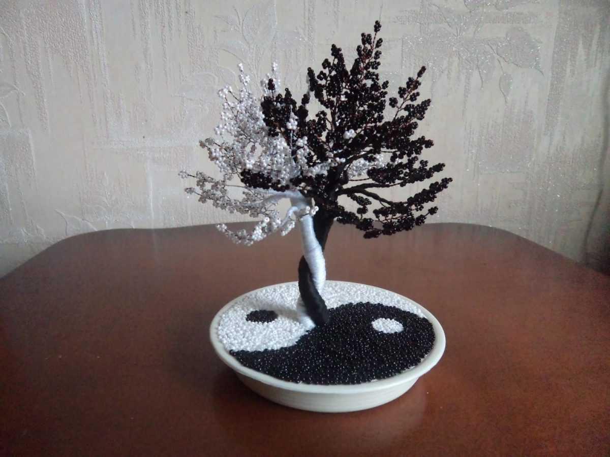 Дерево инь янь из бисера схема плетения фото