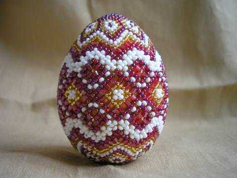 пасхальные яйца из бисера,