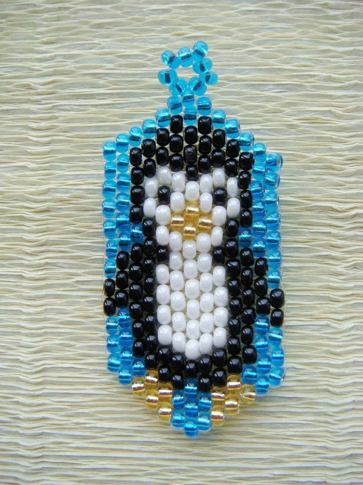 Пингвин из бисера: МК и схема плетения: http://handmadefrom.ru/biser/pingvin_bisera.php