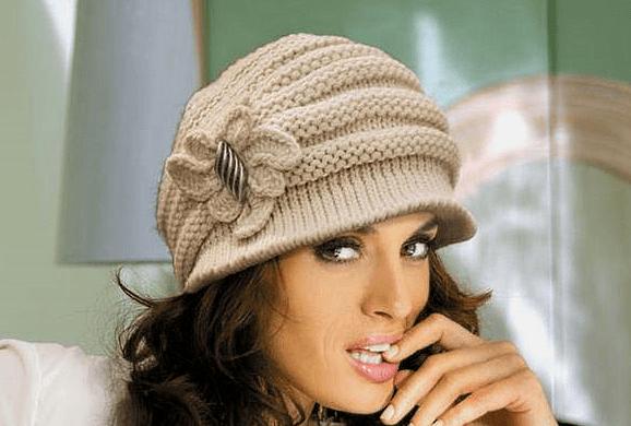 вязаные спицами шапки женские в фото и видео мастер классах