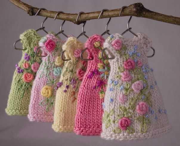 Вышивка на вязанных изделиях