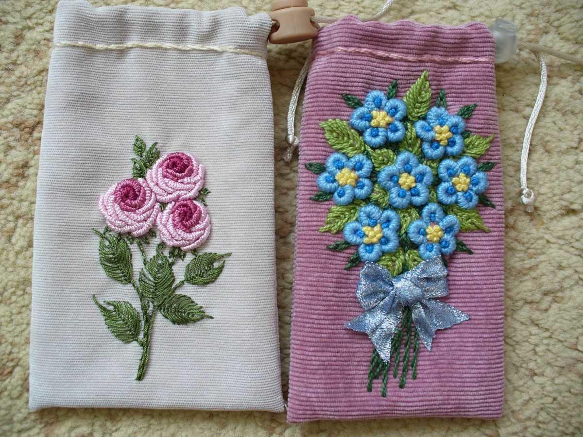 Вышивка на вязаных изделиях для детей: схемы узоров цветов и