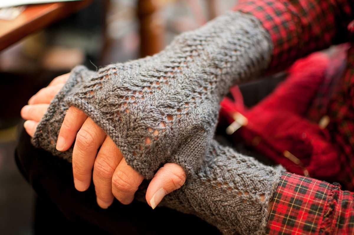 митенки вязание спицами по схеме фотои видео описание