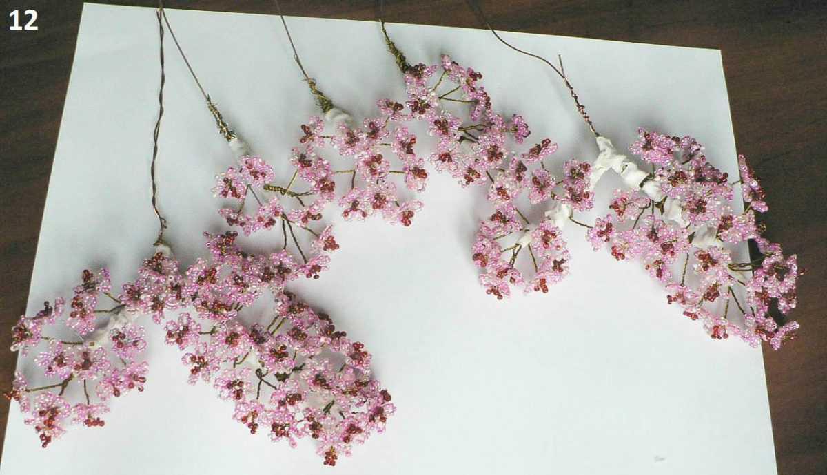 схема плетения цветущей сакуры из бисера
